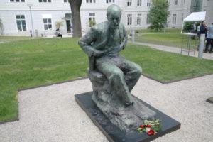 In Memory of Sigmund Freud - Enthüllung des Sigmund Freud Denkmals am MedUni Campus AKH